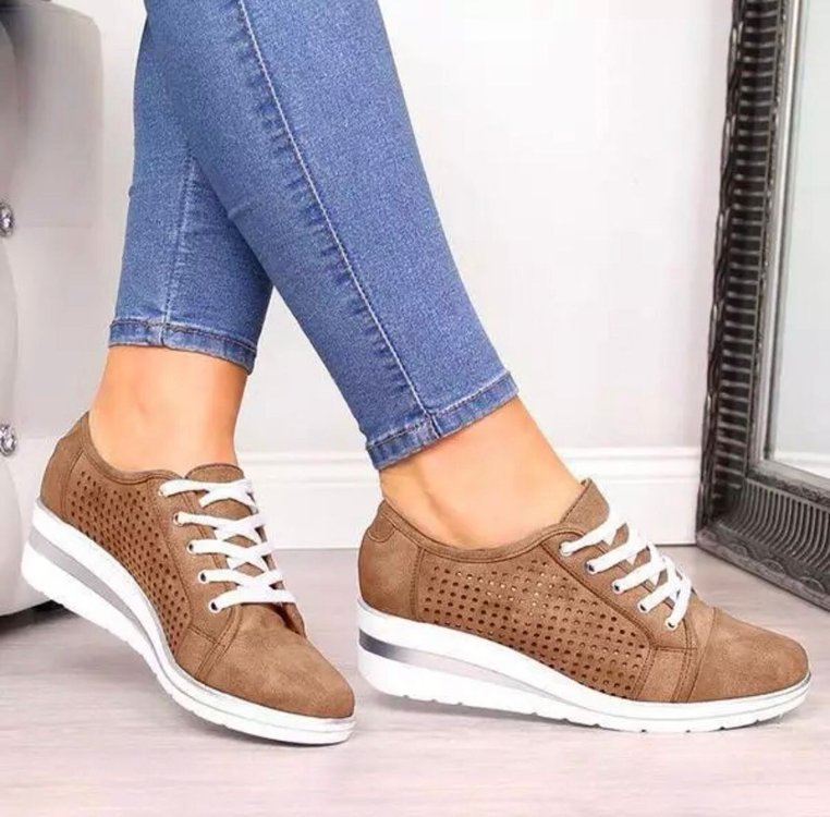 2020 Women Wedge Shoes Summer Autumn Casual Canvas Sneakers Breathable Platform Sneakers Meddle Heel Pointed Toe Air Mesh Shoe