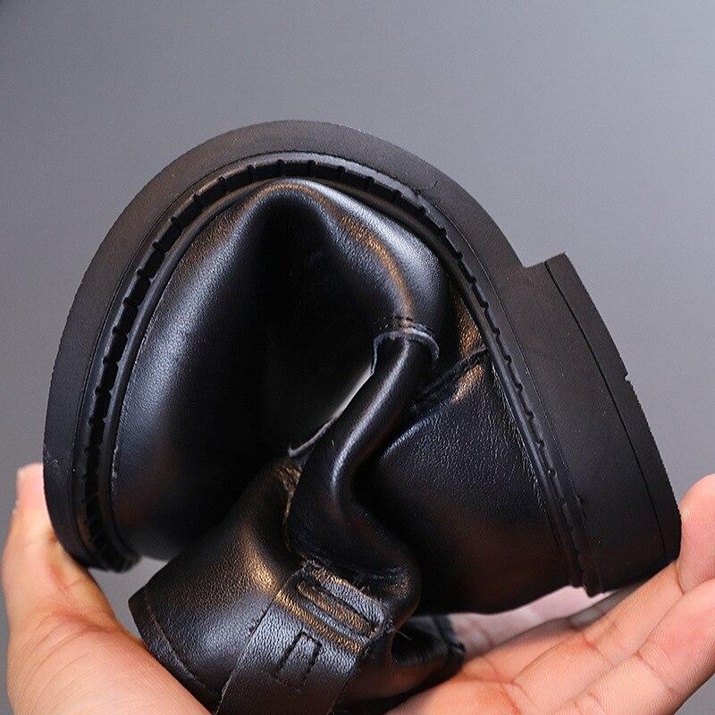sapatos pretos de couro infantil 03