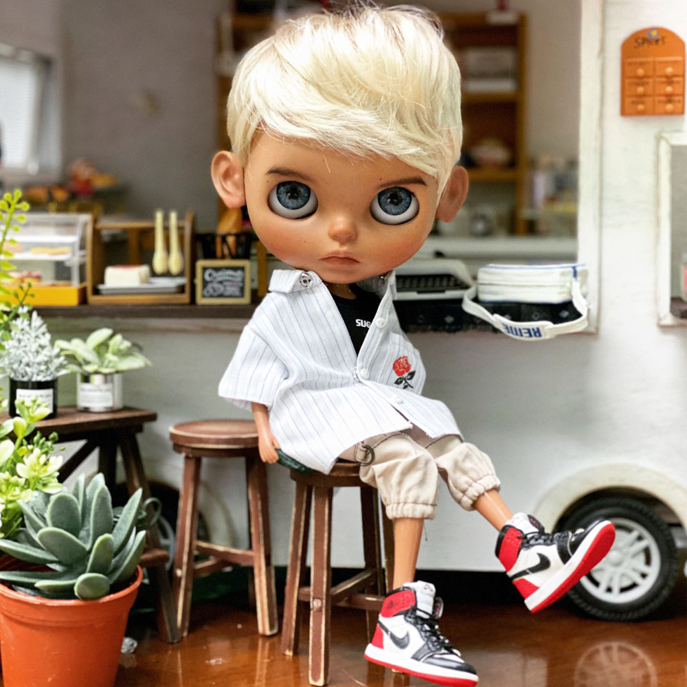 ICY 19 Joint Blyth Doll With Makeup Face Dark Skin DIY The Makeup Doll With Sleep Eyes Cool Boy