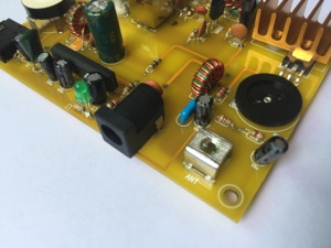 Image 3 - Micro Power Medium Wave Transmitter and Ore Radio for Home Use