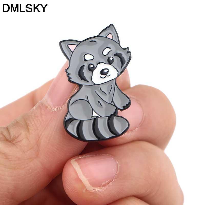 DMLSKY rakun pimleri Metal rozeti karikatür karakter yaratıcı pimleri Icon sırt çantası üzerinde Pin broş giyim kravat pimleri M4219