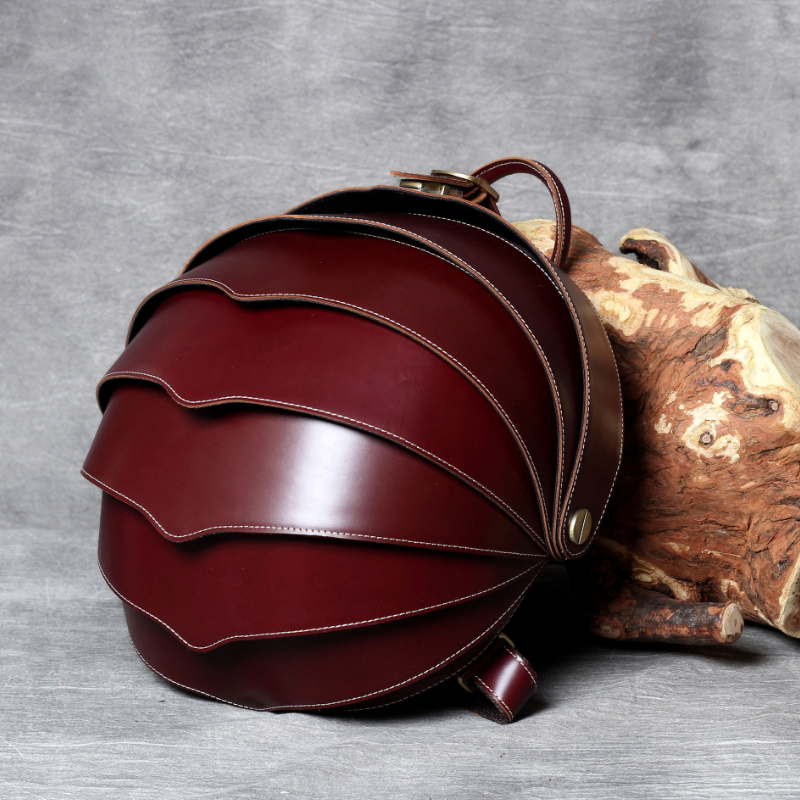 Luufan Original Handmade Unique Beetle Leather Backpack For Men Women Top Layer Leather Pangolin Backpack Featured Bagpack