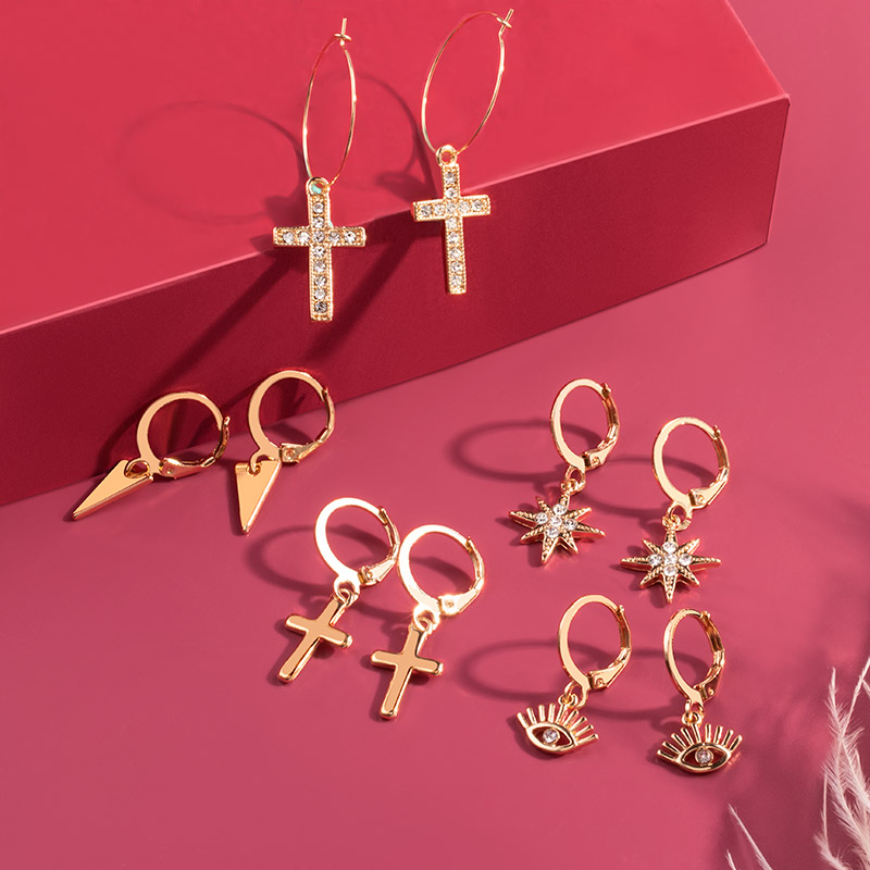 Vintage Gold Cross Drop Earrings Men and Women 2020 New Trend Small Long Dangle Ear Earrings Crystal Metal Party Earring Jewelry