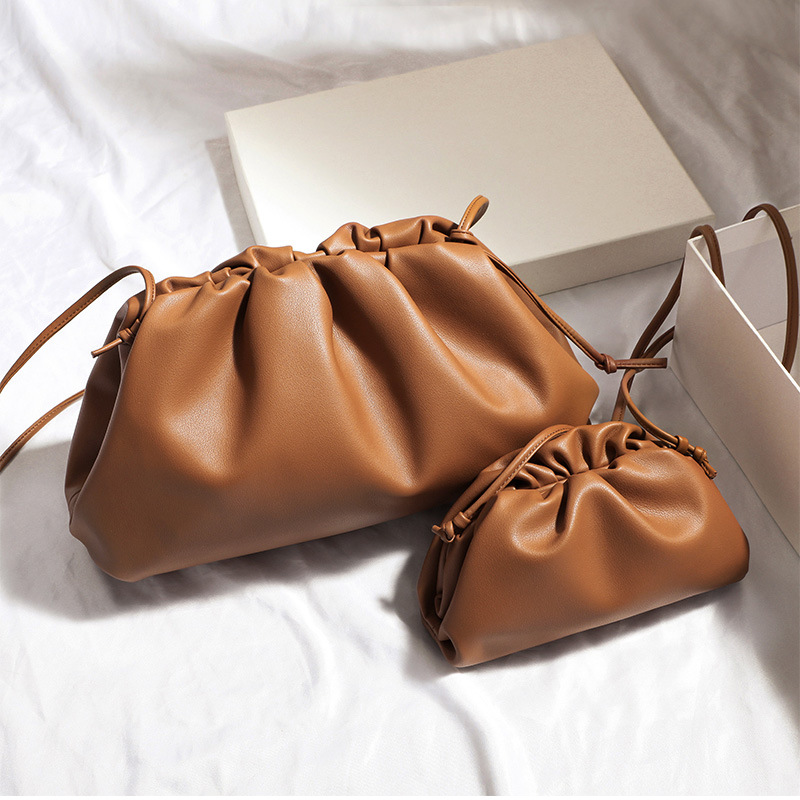 38cm Big Leather Pouch Handbag Women Soft High Quality Fashion Luxury Designer Clutch Bag Lady Large Ruched Cloud Shoulder Bag