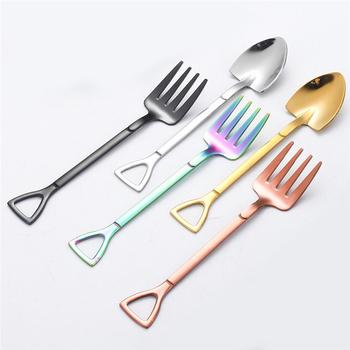 Kreatywna łyżka w kształcie łopaty ze stali nierdzewnej widelec kolorowa zastawa stołowa w kolorze różowego złota długa rączka łyżeczka do kawy łyżeczka łyżka do mieszania tanie i dobre opinie CN (pochodzenie) 485470 STAINLESS STEEL Home Tableware Barware 12 2*2 3cm Stainless Steel Shovel Shaped Spoon Fork Creative Durable High Quality