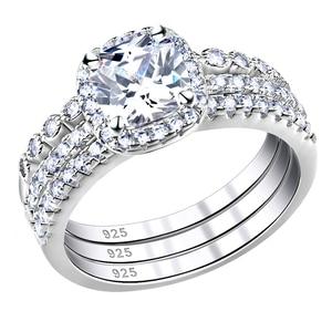 Image 2 - Newshe 1.7 ct radiante corte cz 3 pçs genuíno 925 prata esterlina conjuntos de anel de casamento banda de noivado para mulher