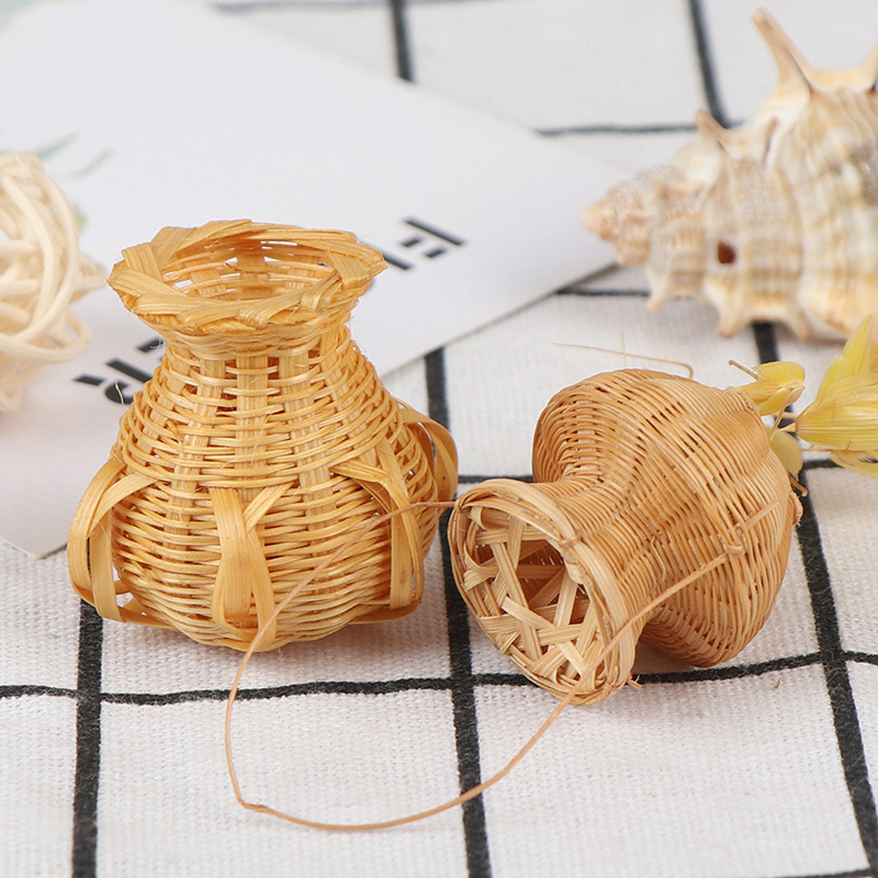Hand Weaved 1/12 Bamboo Basket With Handle Fruit Vegetable Fish Storage Baskets Dollhouse Miniature Kitchen Kits Accessories
