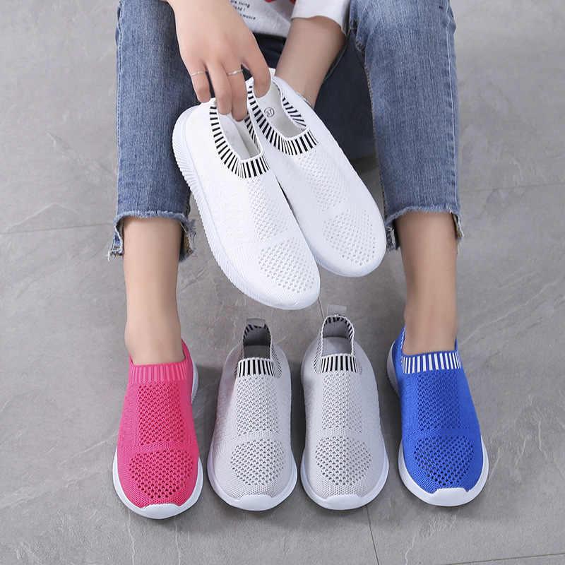 カジュアル通気性軽量靴スニーカー快適なサンダル空気メッシュスニーカー夏軽量靴下靴男性スニーカー