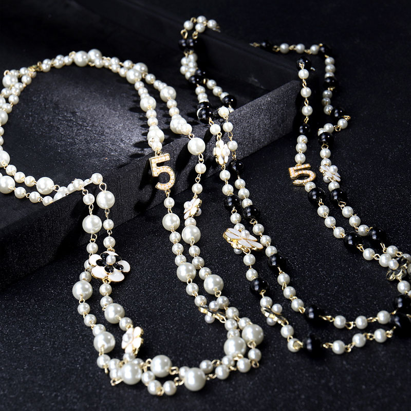 High Quality Women Long Pendants Layered Pearl Necklace Collares de moda Number 5 Flower Party Jewelry