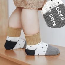 Lawadka 3 par zestaw skarpetki dla noworodków bawełniane skarpety dziewczęce antypoślizgowe kreskówki Casual skarpetki dla chłopców niemowlę dziewczynek rzeczy tanie tanio W wieku 0-6m 7-12m 13-24m Unisex CN (pochodzenie) COTTON spandex Na co dzień baby boy socks W stylu rysunkowym Rajstopy