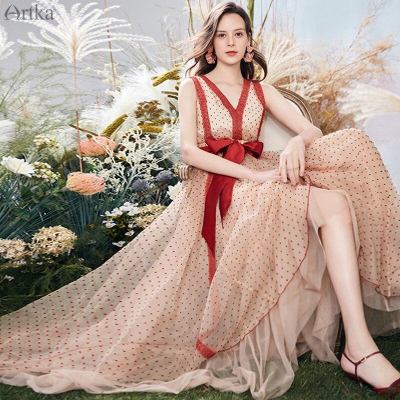 ARTKA 2020 Summer New Women Dress Vintage V-Neck Dot Dress Elastic Waist With Sash Sleeveless Formal Evening Dresses LA20809X