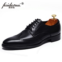 British Style Man Carved Brogue Shoes Real Genuine Leather Wedding Oxfords Vintage Pointed Toe Men Handmade Wing Tip Flats JS329