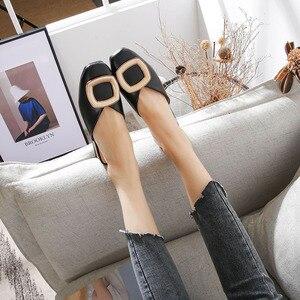 Image 3 - مغلق تو البغال النساء جلد طبيعي منخفضة الكعب النعال مشبك معدني غير رسمي الانزلاق على الشرائح الضحلة المتسكعون أحذية كبيرة الحجم
