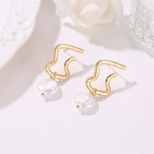 Hot Style Korean Version of High Quality Geometric Temperament Irregular Pearl Baroque Earrings Wholesale Drop