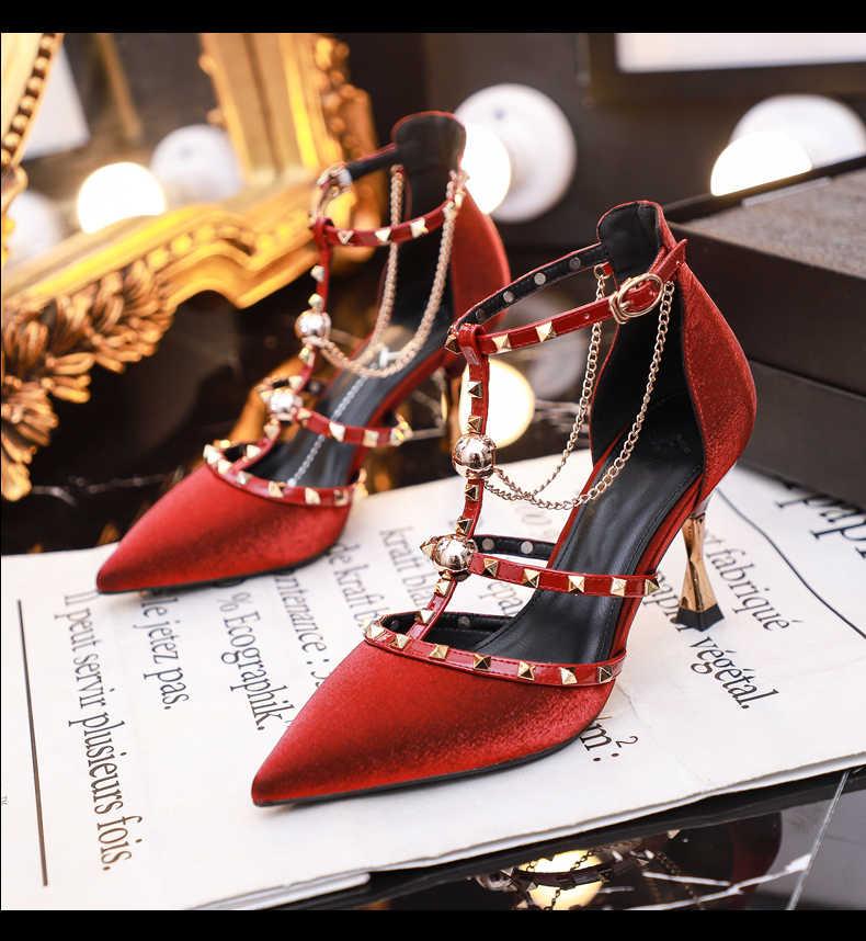 Đầm Thiết Kế Giày Sandal Nữ Bơm Nữ Thần Tiên Phong Cách Với Váy Cherry 2020 Mùa Hè Mới Giày Cao Gót Đen Mỏng Đinh Tán giày