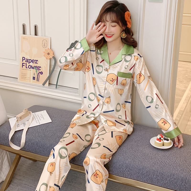 Women's Pajamas Cartoon Duck Print Smooth Comfortable Silk Made Hot Sale Girl's Pyjamas Long Sleeve Two Pieces