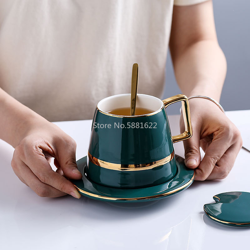 European Luxurious Ceramics Coffee Cup Sets4pcs With Lid Dish Spoon Gift Box Suit Mugs Milk Tea Coffee Green Drinkware 450ml