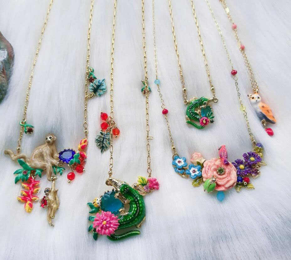 CSxjd Luxury elegant Enamel flower Animal necklace women's luxury jewelry