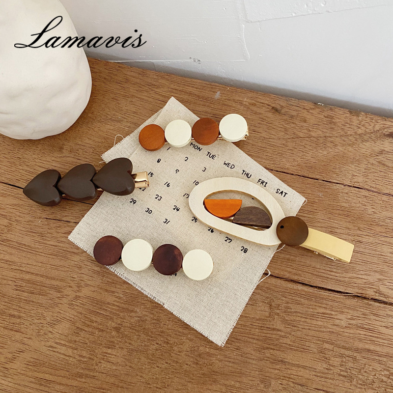 2020 Personality Retro Hairpin Geometric Flowers Wooden Side Clip Women's Forest Hair Accessories Daily Dress Up