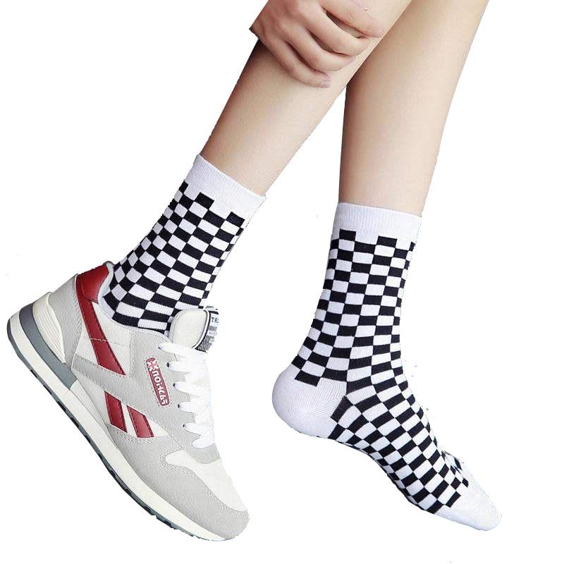 8 PCS=4Pairs Fashion Harajuku Style Men Street Cotton Socks Hip Hop Skateboard Unisex Socks Fun Plaid Checkerboard Socks Happy