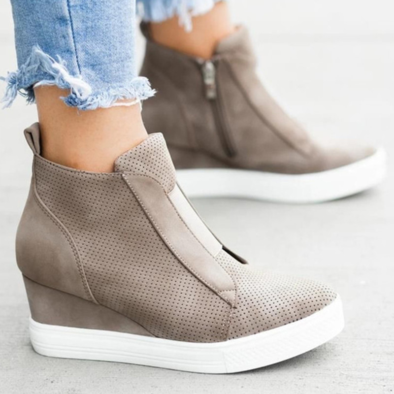 Casual Shoes Women Soft Leather Winter High Increase Wedge Platform Sneakers Vulcanized Slip-on Leopard Winter Ladies Shoes