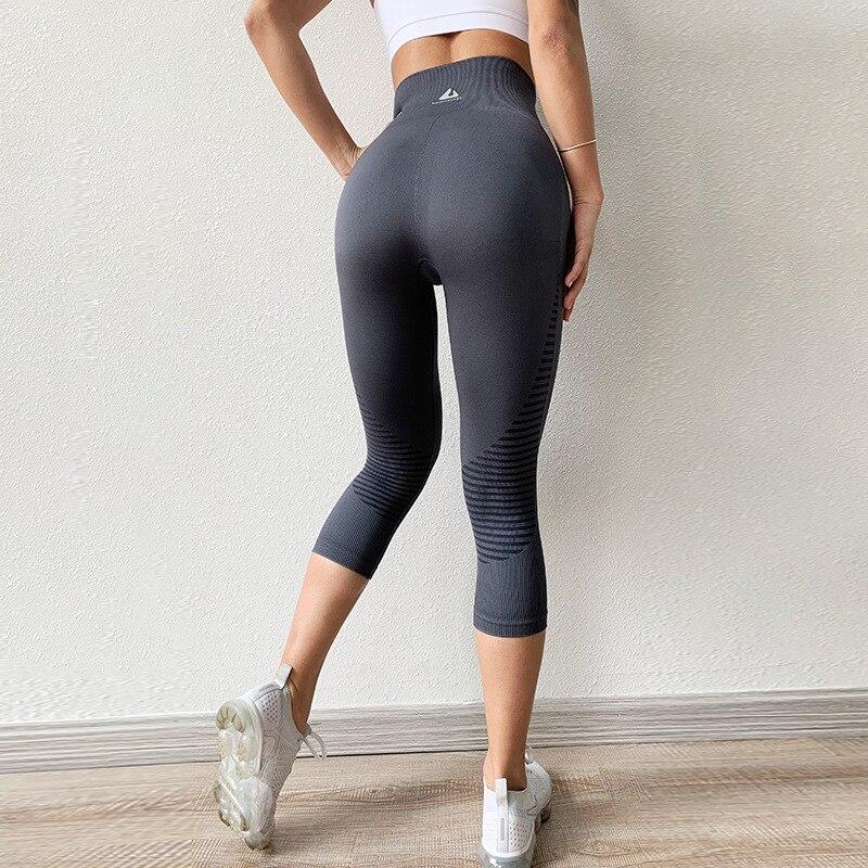 Black Summer Seamless Sport Leggings Women Yoga Pants Stripe Capris 3/4 Running Trouser Crop Gym Leggings Fitness Tights Female