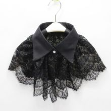Women Retro Crochet Floral Lace Fake Collar Pointed Lapel Detachable Half Shirt