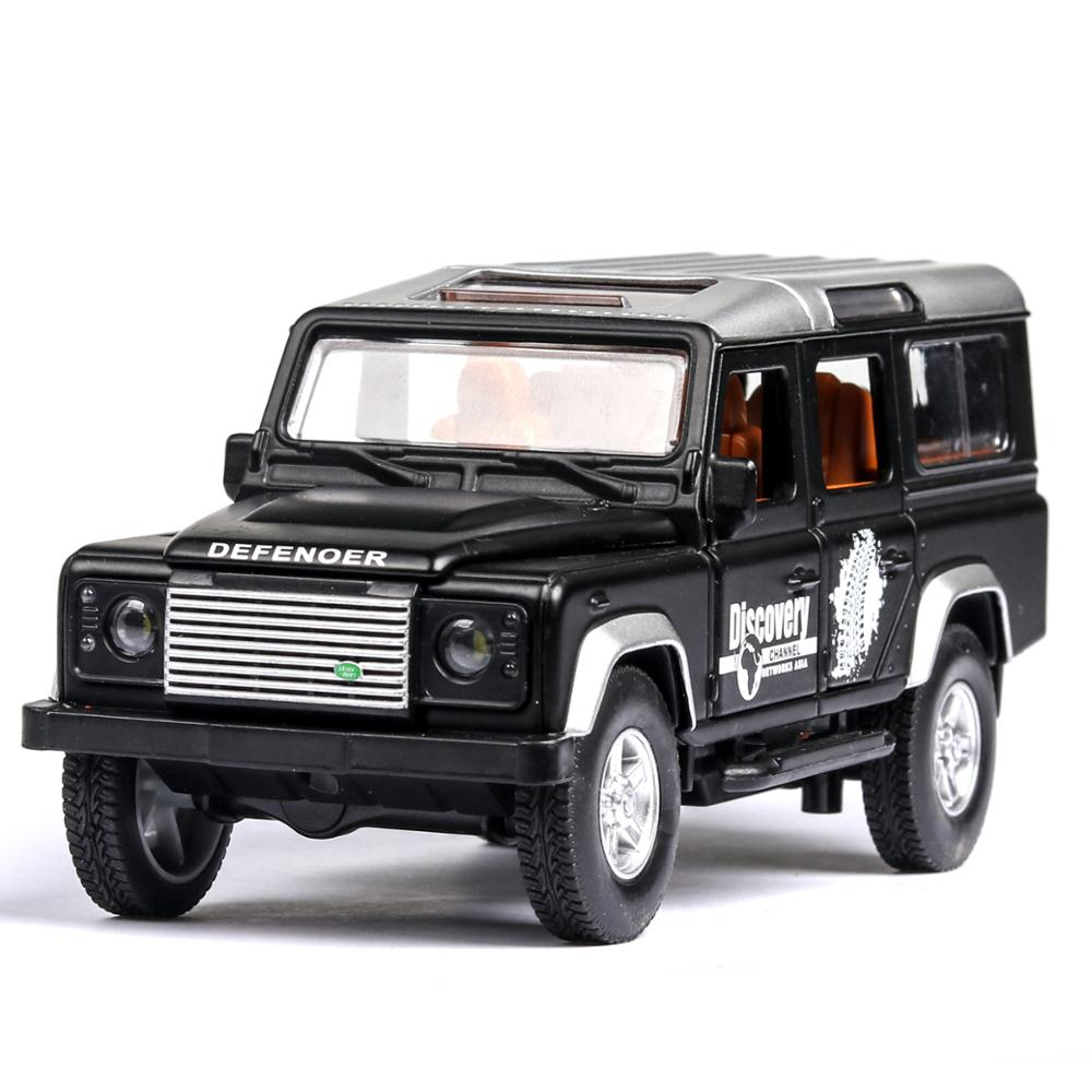 1:32 Diecast Alloy Car Toy SUV Lands Rovers Defender Classic Metal Toy Vehicle Model Children Gift Music Light Pull Back Car