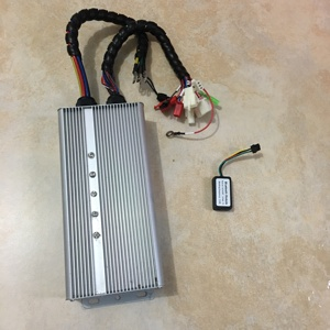Free shipping Cheap 72v 80A 1000W -3000W BLDC Controller YKZ7280JA with bluetooth