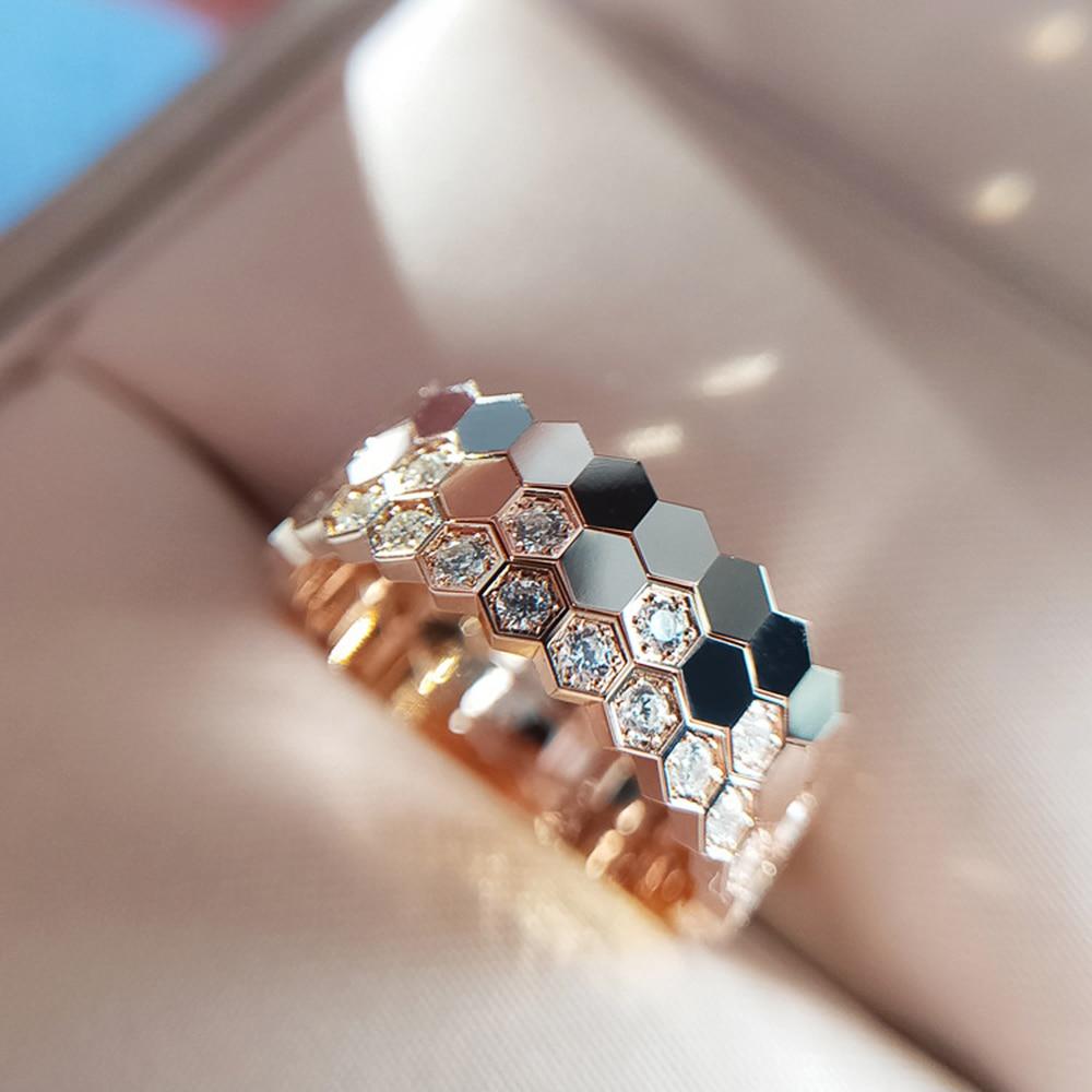 Huitan New Trendy Simple Women Wedding Rings Shiny Cubic Zirconia Stylish Couple Ring Love Jewelry Valentine's Day Gift Hot Sale
