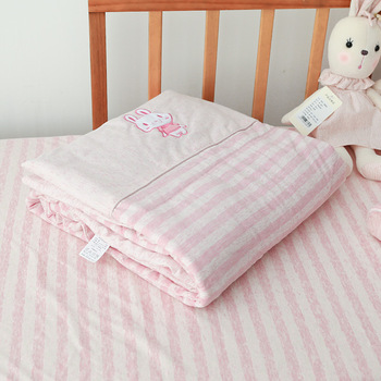 Dzieci dziecko może prać w pralce kołdra szopka kołdra klimatyzacja kołdra pojedyncza drzemka cienka kołdra pościel zmywalna pościel artykuł tanie i dobre opinie cotton terylene 120*150cm 2-3Y 4-6y 7-9Y 10-12Y 13-14Y 14Y Pink rabbit green elephant Kindergarten nap small quilt Crib quilt