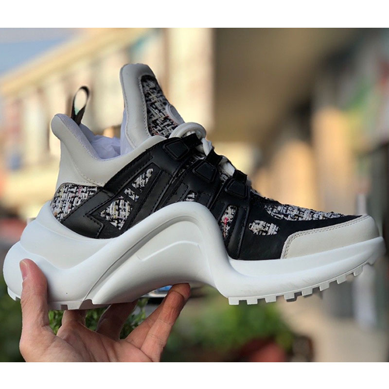 Men's Sneakers Casual Fashion Women Running Shoes Lovers Men Running Shoes Luxury Brand Athletic Walking image