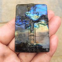 Beautiful crystal carvings natural hand carved Cross labradorite stone Christ Jesus Pendant necklace fashion jewelry gifts 1pcs
