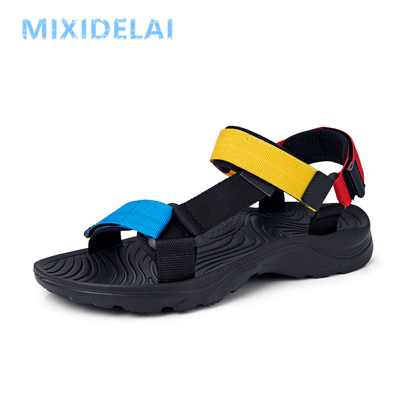 2020 New Men Sandals Non-slip Summer Flip Flops High Quality Outdoor Beach Slippers Casual Shoes Cheap Men's Shoes Water Shoes