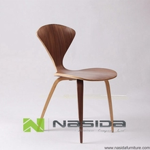 цены на Natural Side Chair Walnut Or Ash Wooden Norman Cherner Chair Plywood Chairs Red Black White Dining Chair Free Shipping в интернет-магазинах