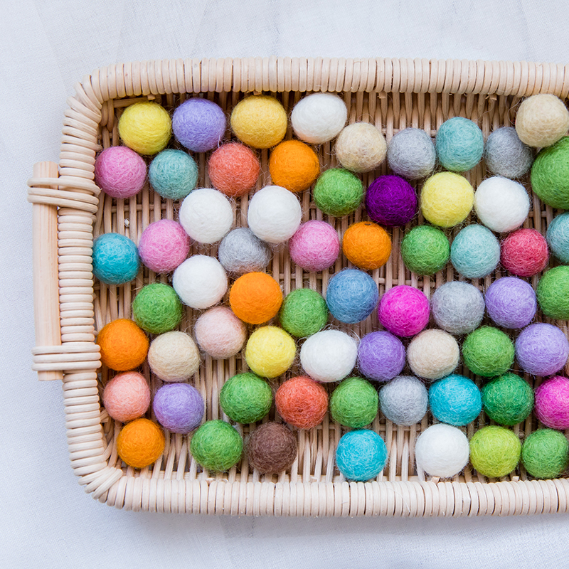 40pc 20mm 100% Wool Felt Ball Fluffy Soft Pompom Balls Colorful Round Felt Ball DIY Kids Room Wall Decoration Or Handmade Gifts