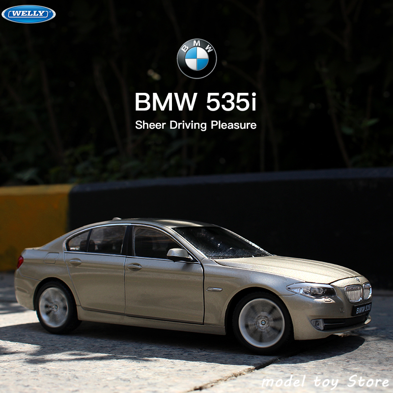 WELLY 1:24 BMW 535i Series  Sports Car Simulation Alloy Car Model Crafts Decoration Collection Toy Tools Gift