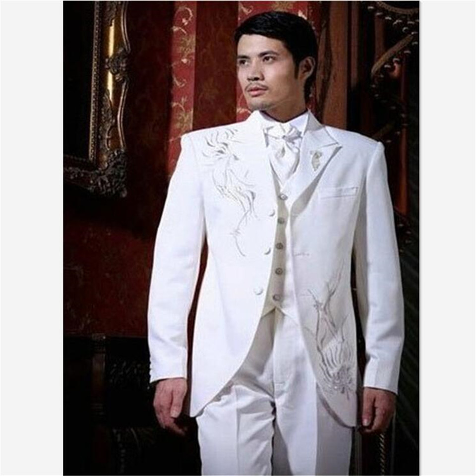 Classic Style White Men Suit Embroidery Groom Tuxedos Groomsmen Mens Wedding Prom Suits Formal Suits Sets (Jacket+Pants+Vest)