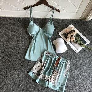Image 4 - QWEEK Room Wear satynowa piżama dla kobiety piżamy damskie Pijama Mujer zestaw bielizny nocnej lato jedwabiu Pjs drukuj Nightie 2020