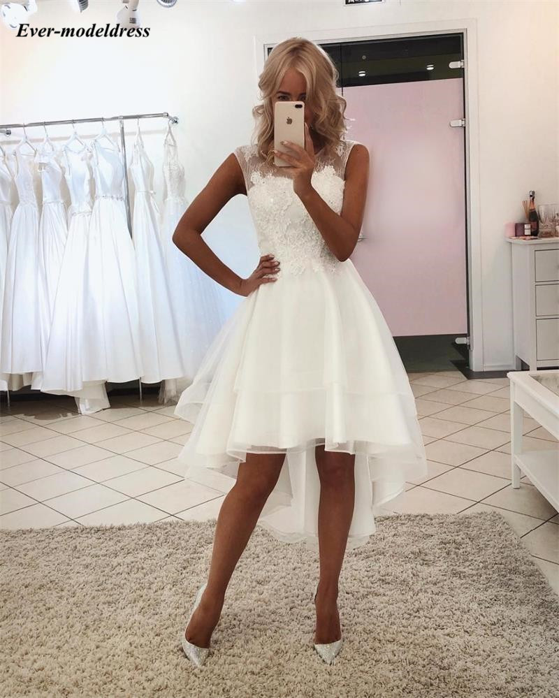 Graceful High Low Wedding Dresses 2019 Sheer Scoop Lace Appliques Sleeveless Illusion Country Style Bridal Gowns Robe De Mariee