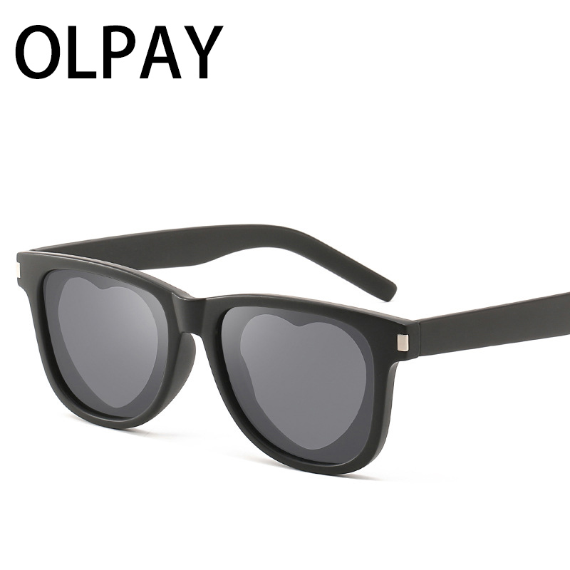 2019 Trendy Brand Designer sunglasses women luxury round shades for lentes de sol brand heart