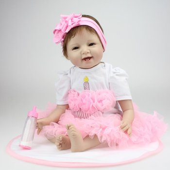 22 Inch Smile Face Reborn Baby Dolls Alive Lifelike Dolls Realistic Bebe Reborn Babies Girls Toys With Beautiful Dress 22 inch bebe silicon reborn babies full body mini reborn baby girl that look real doll reborn 55 cm reborn babies vinyl dolls