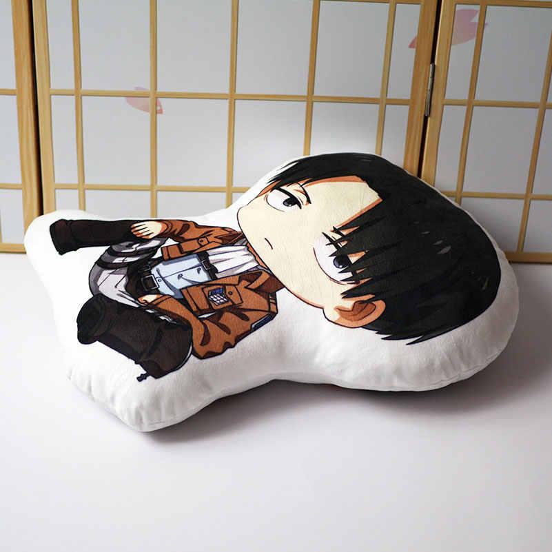 Titan yastık bebek Anime Levi Ackerman kısa peluş doldurulmuş bebek çift taraflı yastık 35x48cm