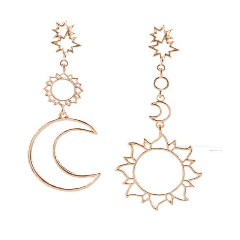 Fashion Asymmetric Earrings Geometric Metal Hollow Out Star Moon Earrings for Women Party Jewelry Accessories