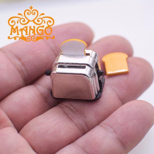 1: 12 Dollhouse Mini Furniture Model Chu Can Accessories Candy Toy Modern Bread Machine Realistic