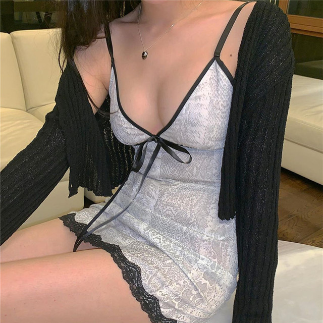 HEYounGIRL White Snake Printed Sexy Mini Dresses Ladies Front Tie V Neck Sleeveless Bodycon Dress Lace Backless Strappy Dress 3