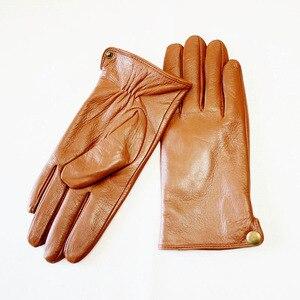 Image 5 - Перчатки из овчины, Мужские осенне зимние кожаные перчатки с рисунком и бархатным утеплителем, уличные Верховые перчатки