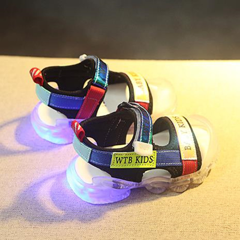 New Toddler Baby Girls Sport Summer Light-up Sandals LED Luminous Flat Shoe Sneakers Children Pu Sport Beach Shoes Size 21- 30