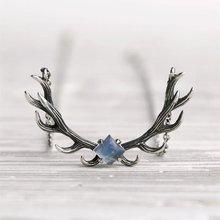 Животный принт в виде оленьих рогов и инкрустированные ожерелье