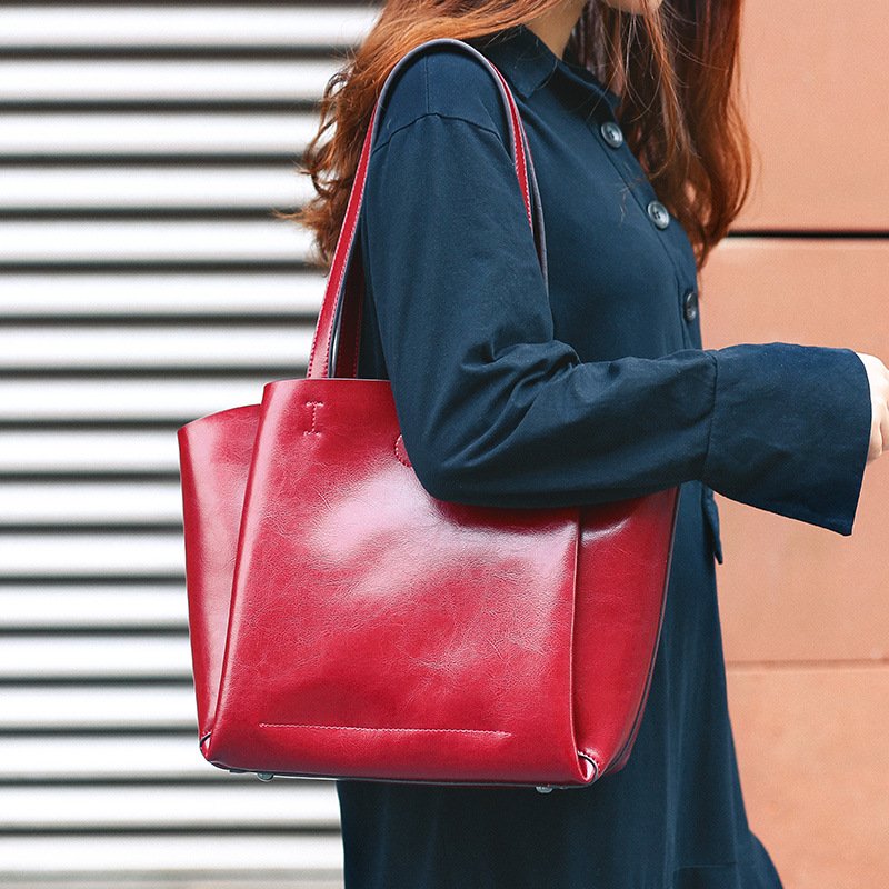 2020 New Woman\'S Bag, European And American Fashion Leather Bag, Large Capacity Bag, Single Shoulder Pure Color Soft Bag